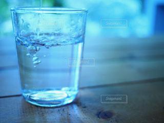 水のグラスの写真・画像素材[929339]