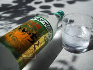 水のボトルの写真・画像素材[1284310]