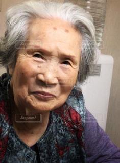 94歳のおばあちゃんの写真・画像素材[2470756]