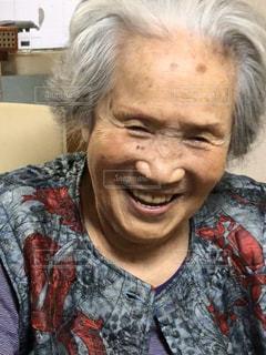 おばあちゃんスマイルの写真・画像素材[2933263]