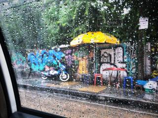 雨の日の電車 - No.819064