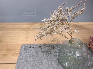 花,植物,フラワーアレンジメント,ドライフラワー,ガラス瓶,テーブルコーディネイト,テーブル装飾