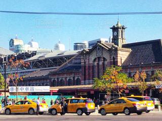 台湾鉄道・台中駅のレトロな旧駅舎の写真・画像素材[951842]