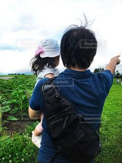 パパの抱っこが大好き♫の写真・画像素材[959502]