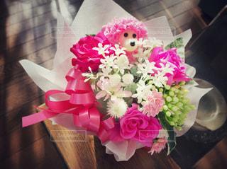 花,ピンク,白,花束,フラワーアレンジメント,フラワー,プレゼント,リボン,フラワーアレンジ,アレンジ,クマ