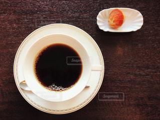 コーヒーとプチ菓子 - No.1036458