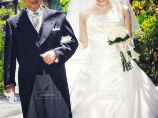 父親と花嫁の写真・画像素材[1229894]