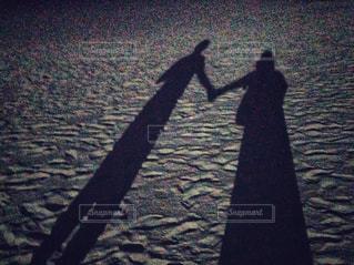 砂浜デートの写真・画像素材[1586682]