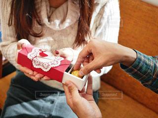 スイーツ,カップル,お菓子,贈り物,チョコレート,バレンタイン,チョコ,男女,バレンタインデー,ギフト
