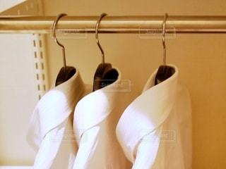 白いワイシャツの写真・画像素材[2722939]