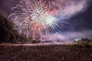 夜空の花火の写真・画像素材[1326738]