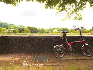 赤い自転車の写真・画像素材[172012]