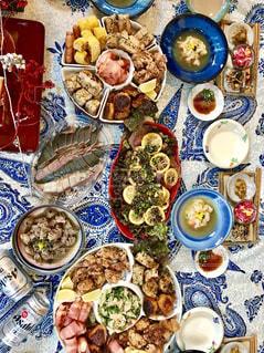 おせち,正月,テーブルフォト,美味しい,お肉,ビールに合う,食べすぎ注意