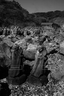 岩の上の人々 のグループ - No.813353