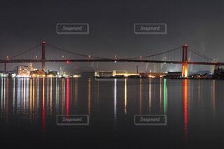 海,夜,橋,夜景,絶景,波,デートスポット,ライトアップ,海上,海沿い,赤い,眺める,若戸大橋,北九州市