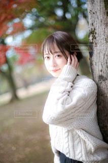 セーターと美少女の写真・画像素材[3281655]