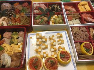 料理の種類でいっぱいのボックスの写真・画像素材[1738511]