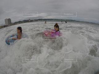波の写真・画像素材[665346]