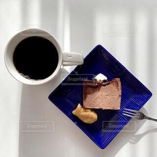 食べ物,カフェ,ケーキ,コーヒー,屋内,デザート,リラックス,チョコレート,カップ,おうちカフェ,ドリンク,チーズケーキ,おうち,菓子,ライフスタイル,たい焼き,おうち時間