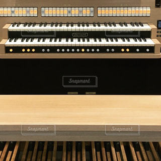 オルガンの鍵盤 - No.807455