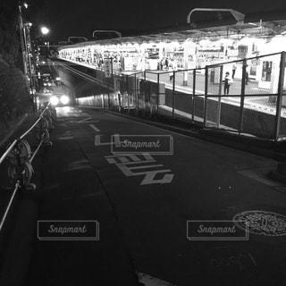 夜の道の写真・画像素材[827833]
