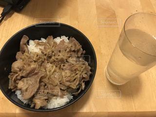 ご飯,豚,豚丼,どんぶり,丼物