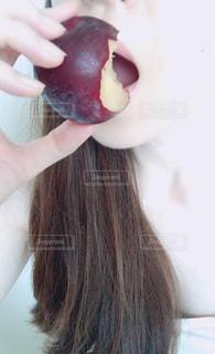 果物を食べる - No.856898