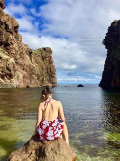自然,海,ワンピース,日焼け,夏服