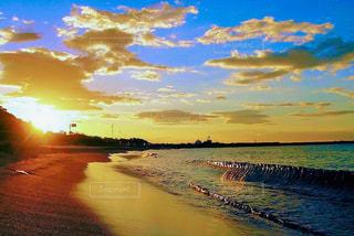 海,夕日,砂浜,黄昏,グラデーション,さざなみ