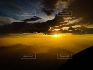 日の出の写真・画像素材[2876314]