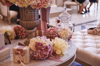 式場の華やかなテーブルセッティングの写真・画像素材[1231060]