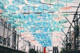 傘アート フィルム風の写真・画像素材[1234153]