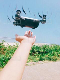 初ドローン、着陸の写真・画像素材[1433248]