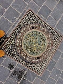 ハンガリーのマンホールの写真・画像素材[1038240]