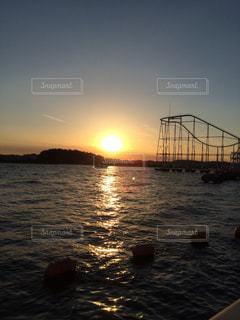 夕日,湖,綺麗,オレンジ