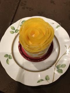 期間限定,マンゴーケーキ,マンゴのバラ