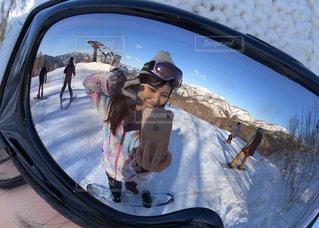 アウトドア,スポーツ,雪,反射,人物,人,スキー,ゴーグル,スノボ,ゲレンデ,レジャー,ミラー,スノーボード,ウィンタースポーツ