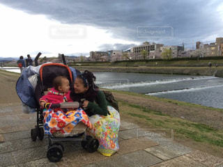 家族,京都,親子,子供,笑顔,日本,鴨川,母娘,ママと子供