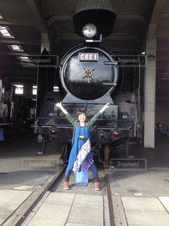 バンザイ,笑顔,汽車,鉄道,ジェスチャー