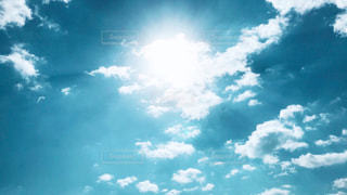 空には雲のグループ - No.1101154