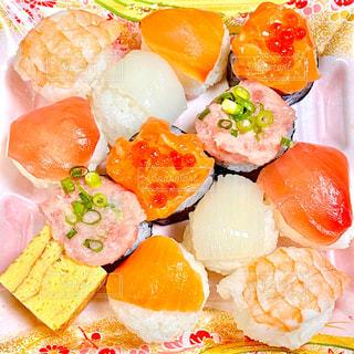 手まり寿司の写真・画像素材[2992743]