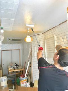 男性,DIY,リノベーション,ペイント,内装,ペンキ,改装,塗装
