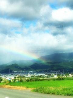 虹と蔵王山脈の写真・画像素材[2514616]
