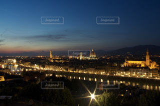 夜の街の景色の写真・画像素材[791161]