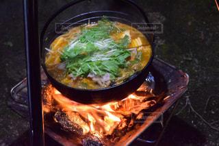 アウトドア,冬,キャンプ,鍋,暖かい,焚き火,キムチ鍋,お鍋