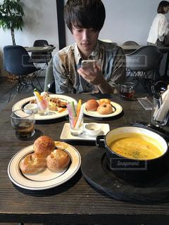 男性,カフェ,食事,ランチ,パン,デート,岐阜,昼ご飯,かぼちゃスープ