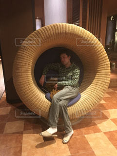 おっきなまぁるい椅子の写真・画像素材[780592]