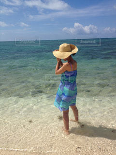 女性,海,夏,ワンピース,ビーチ,砂浜,沖縄,旅行,夏休み,夏服