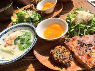 食べ物,ランチ,スープ,ハンバーグ,手作り,多国籍料理,ひよこのおなべ