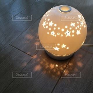 星の形に光る照明の写真・画像素材[3900557]